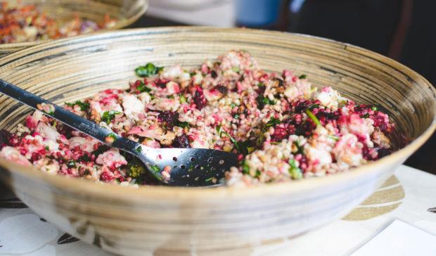 foodiesfeed.com_healthy-vegan-salad